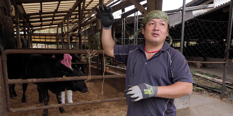 飼育方法のこだわりを語ってくれた福嶋社長